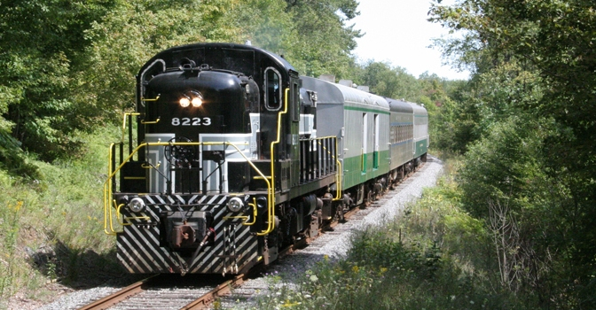 Let's Support the Adirondack Scenic Railroad