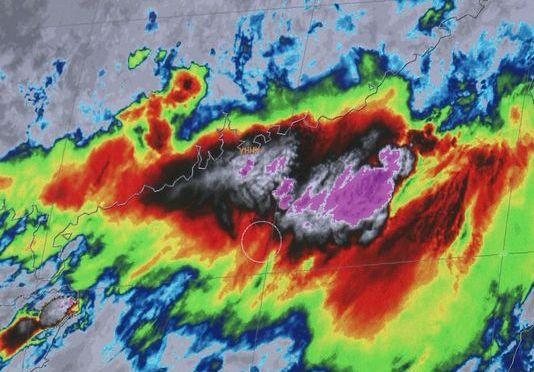 Massive El Niño growing, say models
