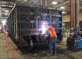 CSX to cut back on car repair facilities
