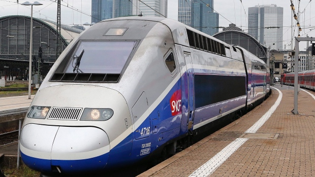 Link Montreal to Chicago with Ontario's high speed rail