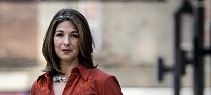 Naomi Klein: 'I Don't Trust' Hillary Clinton, Bernie Sanders 'Is a Significantly Better Candidate'