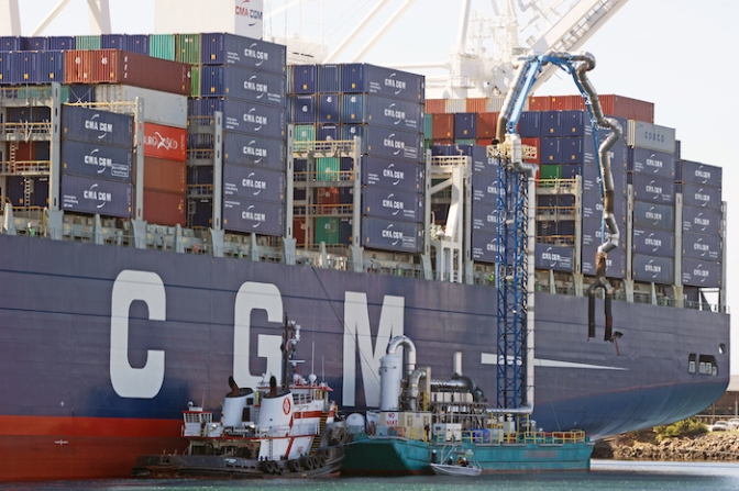 Collaboration held key to successful handling of mega-ships