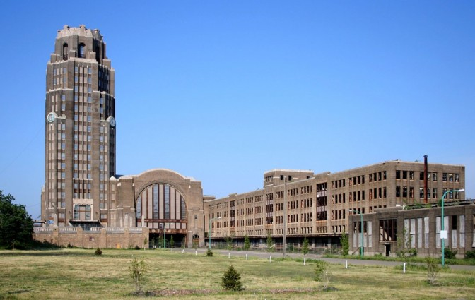 Buffalo  Central Terminal developer would like to see Amtrak return