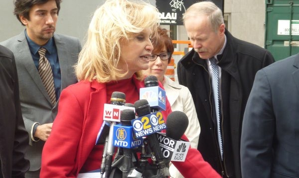 Second Avenue subway to open on schedule: Rep. Carolyn Maloney