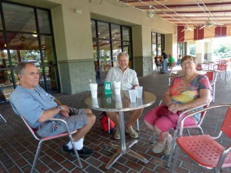 b1-andy-with-bill-and-dawn-latz-at-chrispers