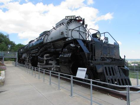 union-pacific-4023-kenefick-park-omaha-nebraska