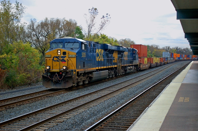 Fed up with CSX service, intermodal shippers eye exit