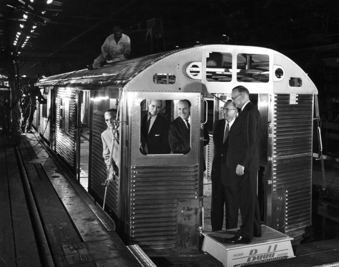New York's Oldest Subway Cars, Beautiful Symbols of a Sad Decline