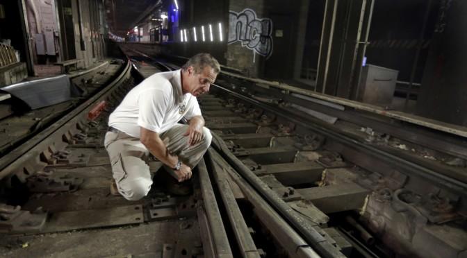 Sputtering subways threaten Cuomo's infrastructure image