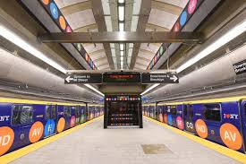 New center gives glimpse of Second Avenue Subway's future